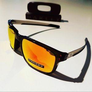 224524ff14 Oakley Accessories - Oakley Holbrook Mix Prizm Polarized